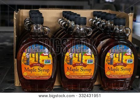Tyumen, Russia-november 05, 2019: Maple Syrup Family Farms. Selling Maple Syrup On The Shelves Of Th