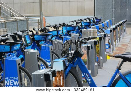 NEW YORK, NY - 05 NOV 2019: Citi Bike  is a privately owned public bicycle sharing system serving the New York City boroughs of Manhattan, Queens, and Brooklyn, as well as Jersey City.