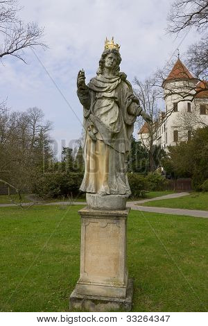 Queen Statue In Konopiste