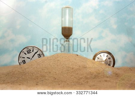 Sand Maneta, Clock . Great Illusion. A Concept Is A Continuous Fragment Of The Cycle Of The Life Of