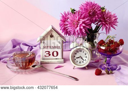 Calendar For September 30 : The Name Of The Month In English, Cubes With The Number 30, A Bouquet Of