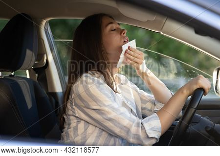 Girl Driver Being Hot During Heat Wave In Car, Suffering From Hot Weather, Has Problem With A Non-wo