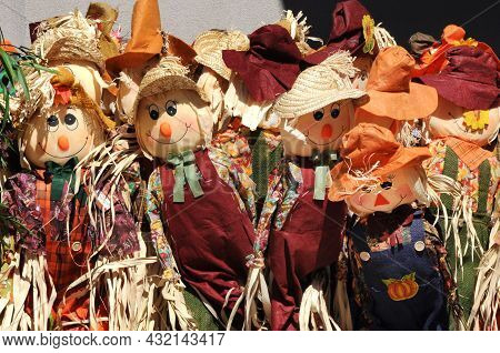 Autumn Harvest Scarecrow Dolls With Straw Hats And Farmer Clothes