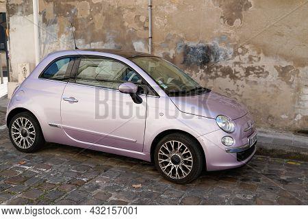 Bordeaux , Aquitaine  France - 09 05 2021 : Fiat 500 Purple Pink Vintage Modern Car In Street Side V