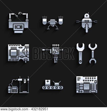 Set Mechanical Robot Hand And Screwdriver, Conveyor Belt With Cardboard Box, Printed Circuit Pcb, Sp