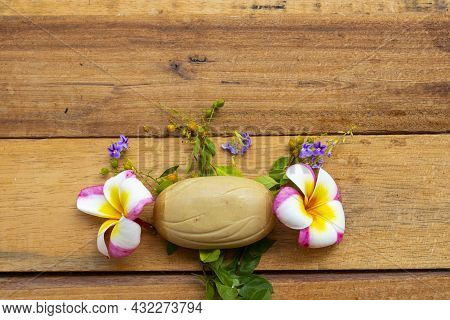 Herbal Soap Health Care For Body Skin Of Lifestyle Clean A Bath Arrangement Flat Lay Style On Backgr