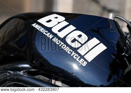 Bordeaux , Aquitaine  France - 09 05 2021 : Buell American Motorcycles Tank Logo Sign And Brand Text