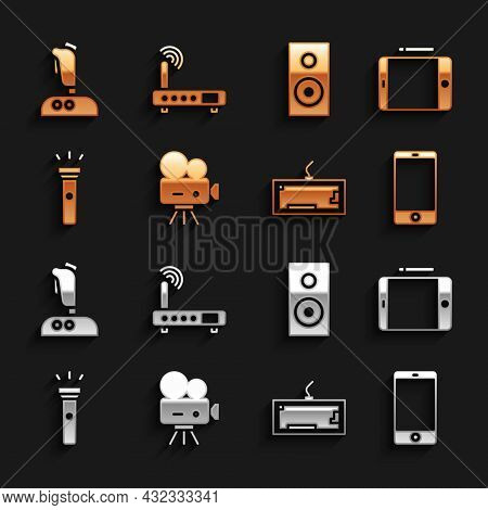Set Retro Cinema Camera, Graphic Tablet, Smartphone, Mobile Phone, Keyboard, Flashlight, Stereo Spea