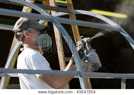 Aerosol pintor hombre