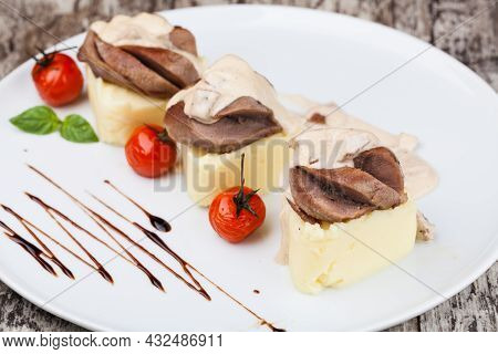 Mashed Potatoes With Beef Tongue High Quality Image