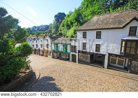 Godshill, Isle Of Wight, 2021. Replica Of An Old Fashioned High Street With Houses And Shops.  Opene