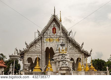 Lampang, Thailand - Sep 04, 2020 : The Beautiful Of Wat Chiang Rai. Temple Chiang Rai, Lampang Distr