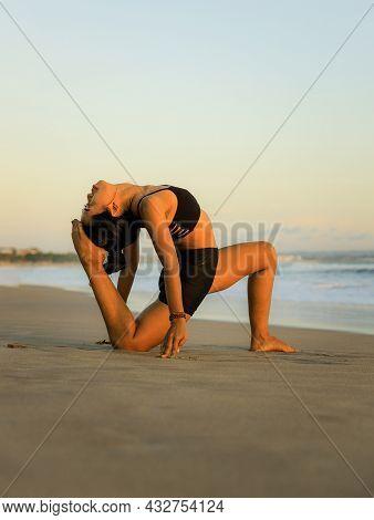 Yoga Retreat. Variation Of Low Lunge Pose, Anjaneyasana. Lunging Back Bending Asana. Flexible Spine