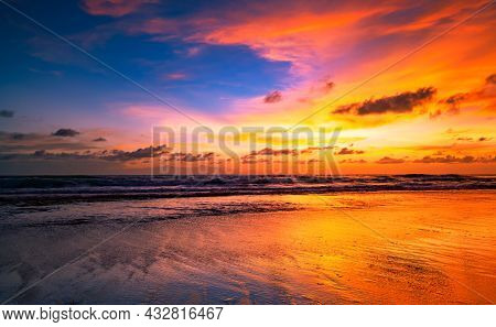 Amazing Seascape With Sunset Clouds Over The Sea With Dramatic Sky Sunset Or Sunrise Beautiful Natur