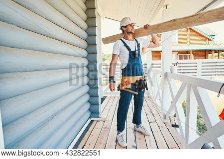 Housebuilder Is Staying With Board On Porch