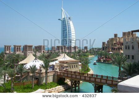 Dubai-mina  A'salam + Burj
