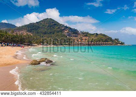 Chaweng Noi Beach At Samui Island, Thailand