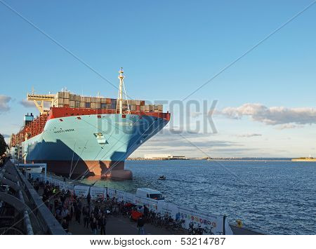 Biggest Container Ship Majestic Maersk