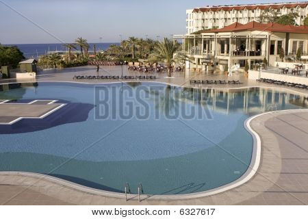 Resort-Pool in der Türkei