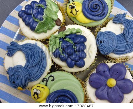 Various cupcakes