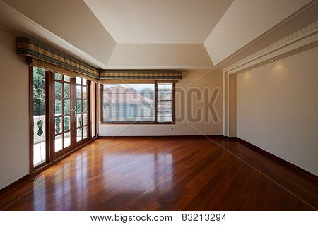 Interior design: Big empty room