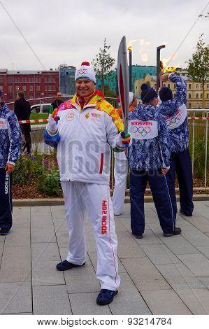 2014 Winter torch relay, Dmitry Guberniev