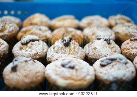 Powdered Sugar Muffins With Jam
