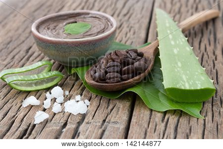 Spa concept on wood background, Amazing Benefits of Aloe Vera for Hair, Skin and Weight-Loss. Another part of the aloe vera plant which is used is the 'sap'.