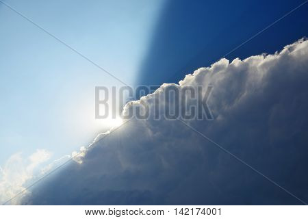 thunderhead, the sun comes out from behind the clouds