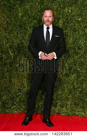 NEW YORK-JUN 7: Actor Kiefer Sutherland attends American Theatre Wing's 69th Annual Tony Awards at Radio City Music Hall on June 7, 2015 in New York City.