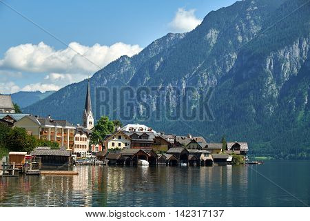 Hallstatt See Austria. Hallstatt village is UNESCO World Heritage Site for Cultural Heritage.