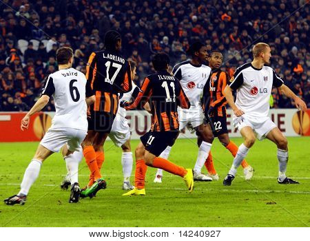 DONETSK, UKRAINE - FEB 25: Players in match UEFA Europa League match between FC Shakhtar(UKR) vs. Fuham FC(ENG) at Donbass Arena stadium February 25, 2010 in Donetsk, Ukraine.