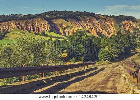 Road To Red Ravine (rapa Rosie)