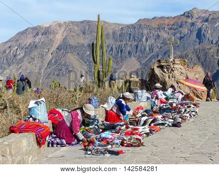 Colca, Peru-january 16: Unidentified Women Sell Souvenirs On January 16, 2015 At Mirador Cruz Del Co