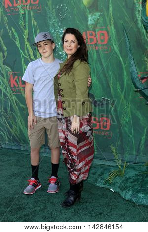 LOS ANGELES - AUG 14:  Finley Donoho, Holly Marie Combs at the
