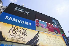 Large Tv Screen In Piccadilly Circus Showing Adverts