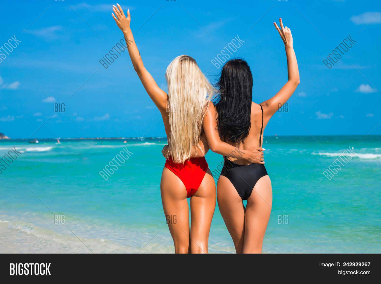 Brunette girls from behind