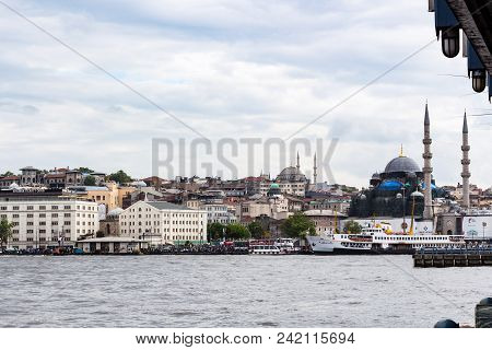 Istanbul, Turkey - May 11, 2018: Excursion Ships Near Embankment Of Golden Horn Bay In Istanbul City