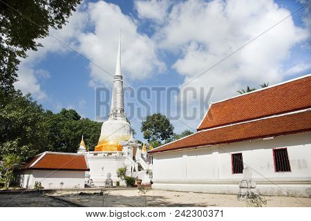 Phra Mahathat Chedi Of Wat Kiean Bang Kaew In Khao Chaison District Of Phatthalung, Thailand