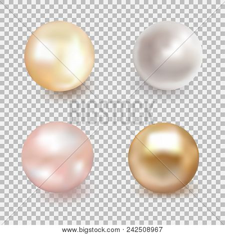 Set Of Beautiful Shiny Sea Pearl. Spherical Beautiful 3d Orb With Transparent Glares And Highlights.