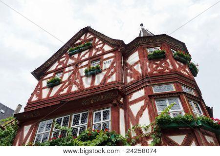 Altes Haus (casa antigua), Bacharach, Alemania