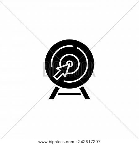 Goal Pursuiting Black Icon Concept. Goal Pursuiting Flat  Vector Website Sign, Symbol, Illustration.