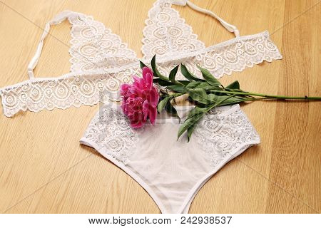 White Sexy Bra And Lingerie Panties. Panties And Sconces, Handmade Lingerie. White Underwear Set.