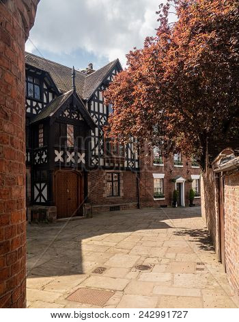 Delightful Georgian And Tudor Brick Houses And Homes In The Center Of Shrewsbury In Shropshire