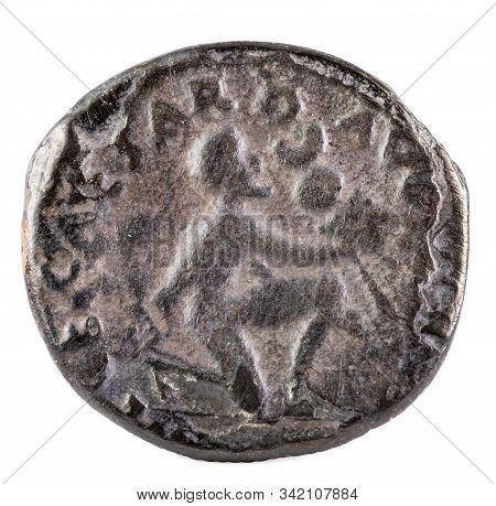 Octavian Augustus. Roman Republic Coin. Ancient Roman Silver Denarius Of The Family Petronia. Revers