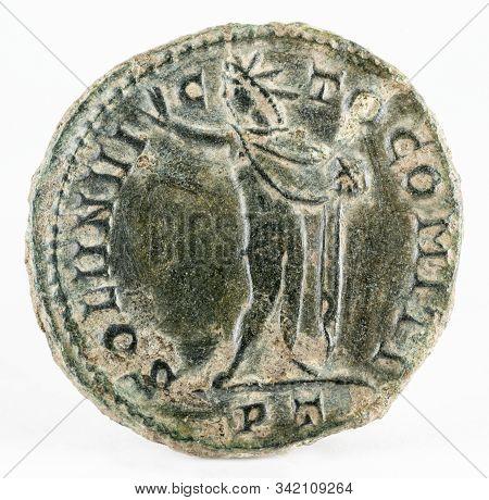 Ancient Roman Copper Coin Of Emperor Constantine I Magnus. Reverse.