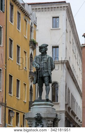 Venice, Italy - August 22, 2019: Monument To The Playwright Carlo Goldoni Erected In Venice On St. B
