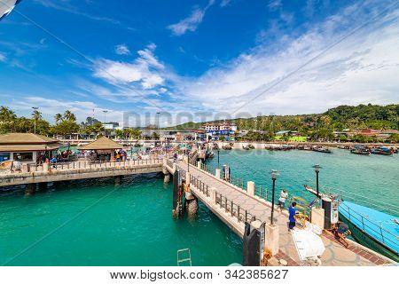 Koh Phi Phi, Thailand - November 26 2019: People Walking Around At Phi Phi Island Pier In Thailand.