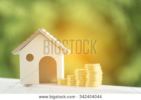 Investment Buy House Property Home Loan Mortgage Advice Real Estate Marketing Interest Asset With Go