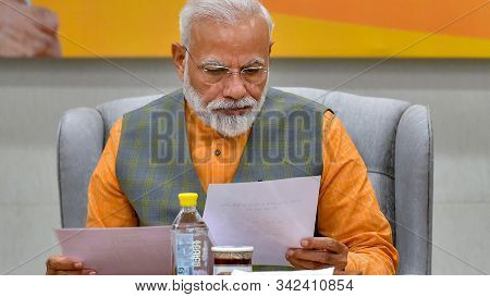 New Delhi,india,april 2019,indian Prime Minister Narendra Modi Busy With In Election Committee Meeti